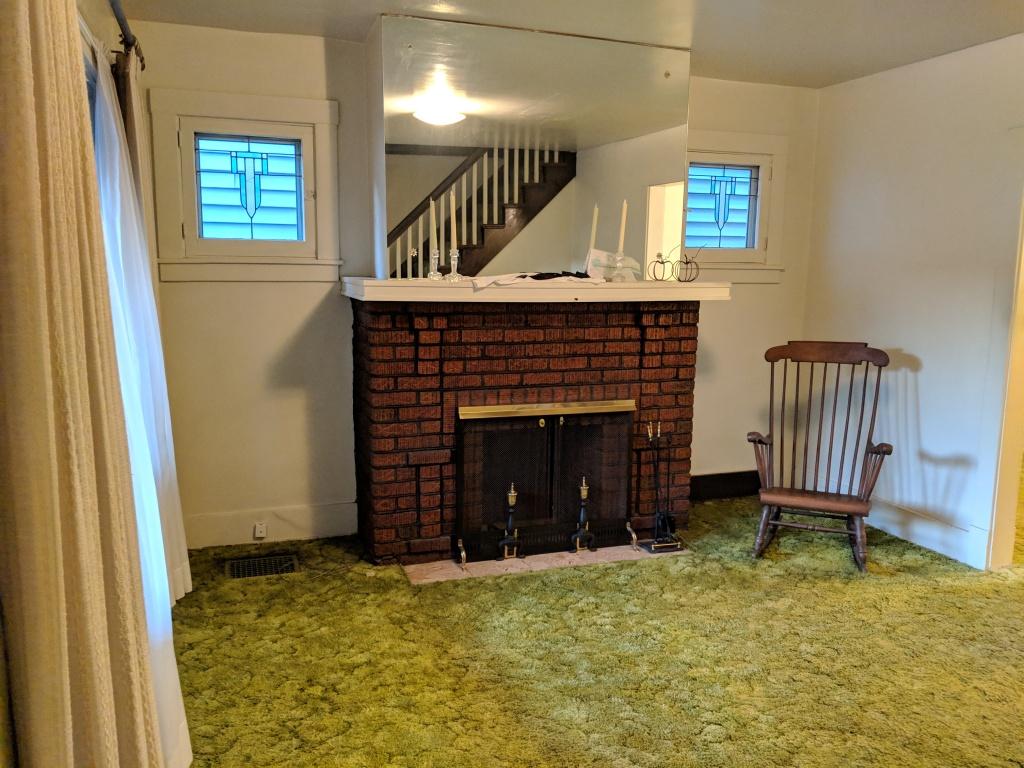 1930 Living Room